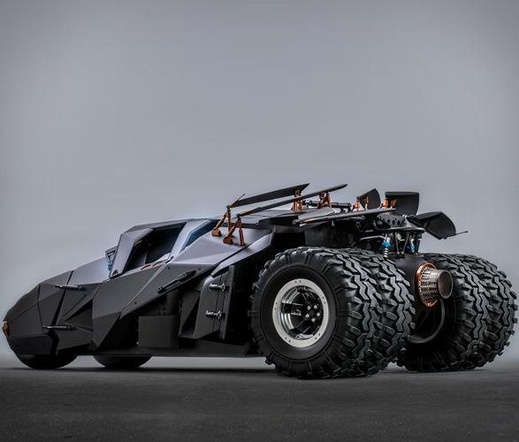 hyper-realistic-tumbler-batmobile-collectible-3.jpg