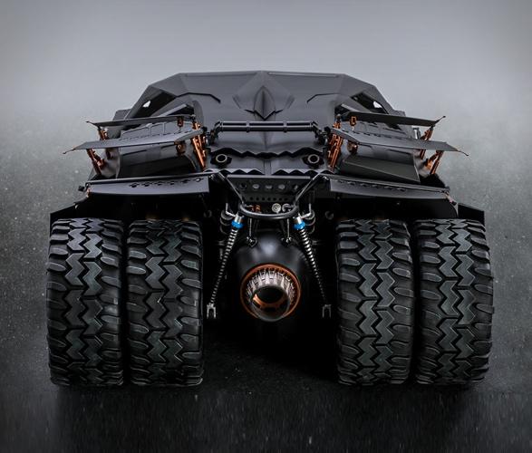 hyper-realistic-tumbler-batmobile-collectible-5.jpg