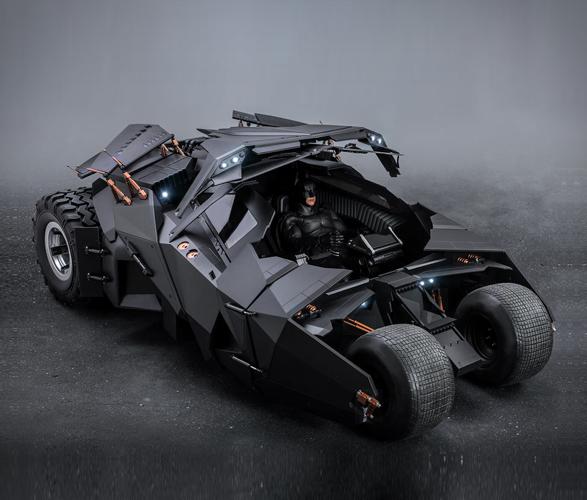 hyper-realistic-tumbler-batmobile-collectible-6.jpg