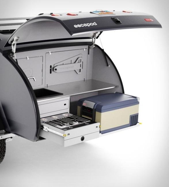 escapod-topo2-trailer-10.jpg