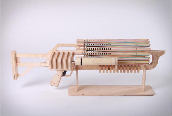 rubber-band-machine-gun-2.jpg