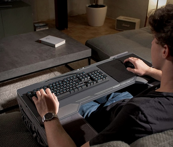 couchmaster-cycon-2.jpg
