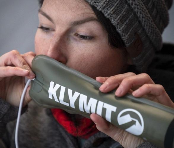 klymit-everglow-light-tube-4.jpg