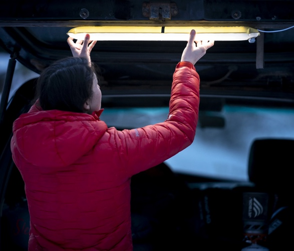 klymit-everglow-light-tube-3.jpg